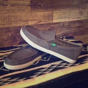 Sanuk Mens Loafers Canvas Slip On. Sz10. Like New!
